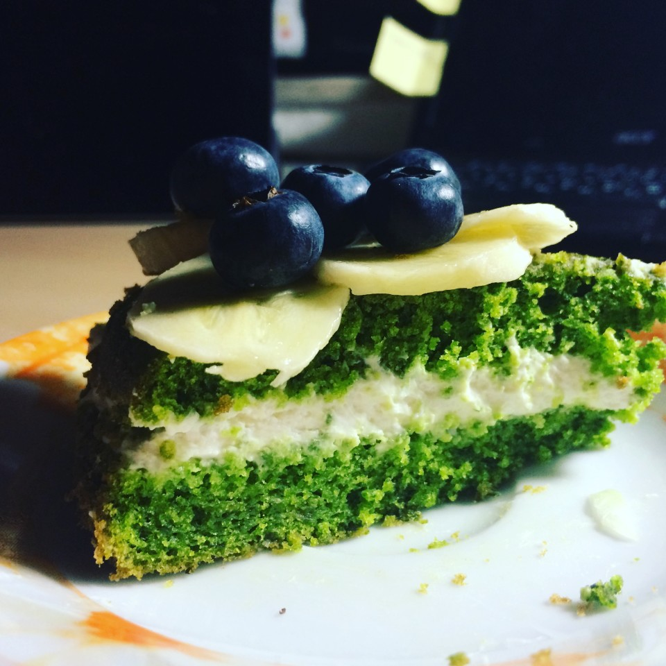 sweet cake with spinach in a vivid green color is like painting